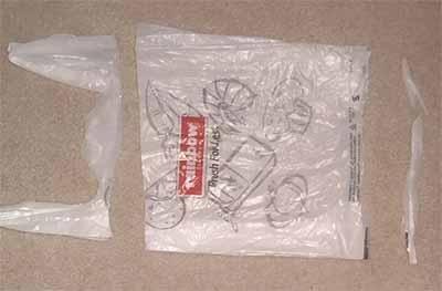 Шляпка Садочек и Сумка АлС'нка из полиэтиленовых пакетов.