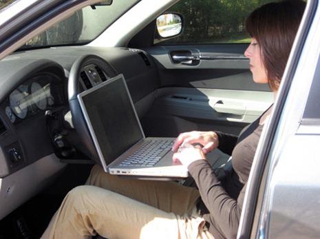 Идея подставки в машину