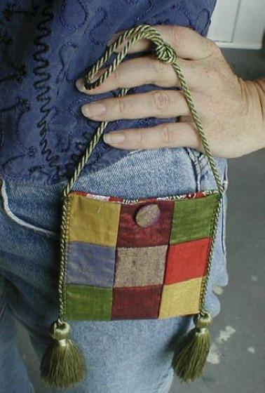 Как сшить сумку-кошелек из кусочков ткани из остатков,сумка.