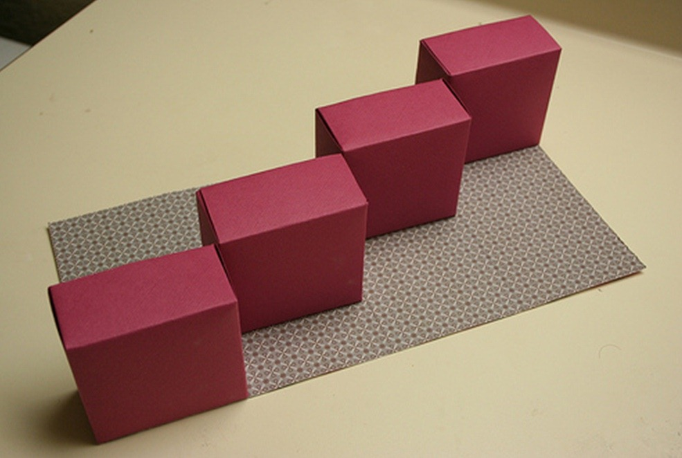 Как сделать коробочку с секретом из картона
