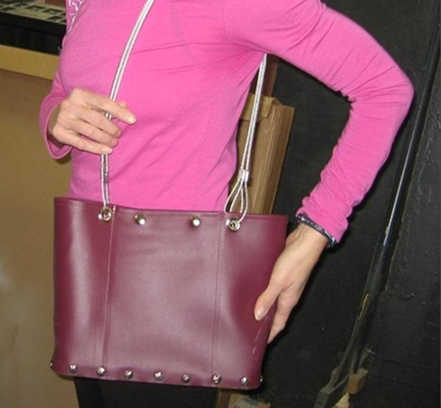 7. МК по шитью карманов для мелочей.  Но мне кажется можно шить такие сумки.  Выглядят очень мило! http...