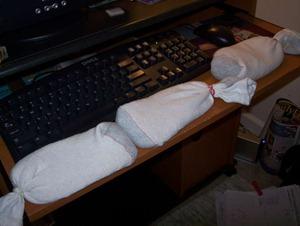 Как сделать подушку под запястье