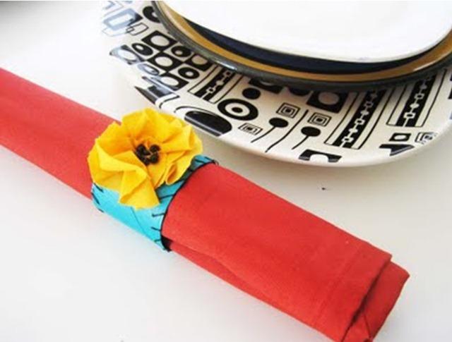 Как сделать кольца для салфеток из бумаги.
