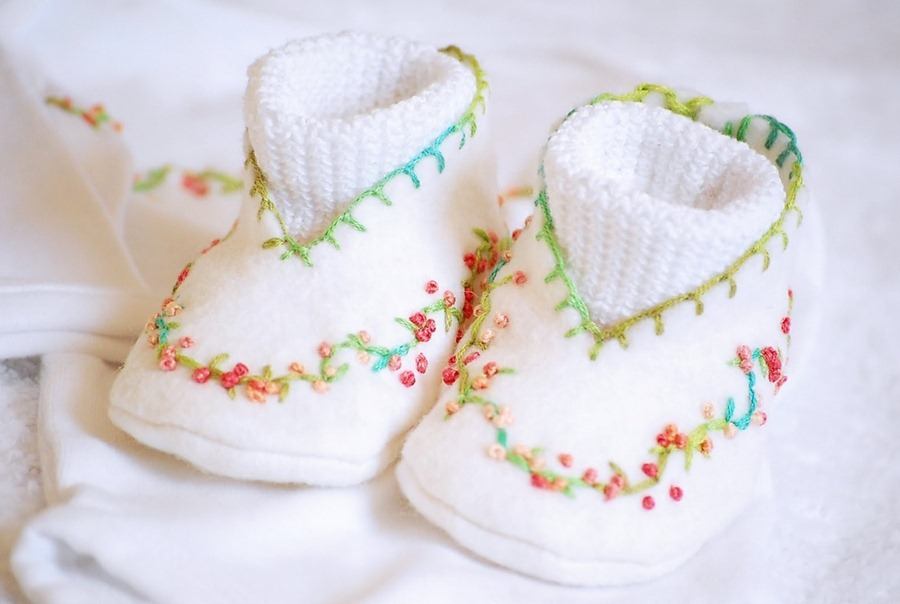 how to sew a beautiful baby booties