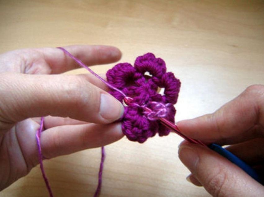 Как связать объемный цветок