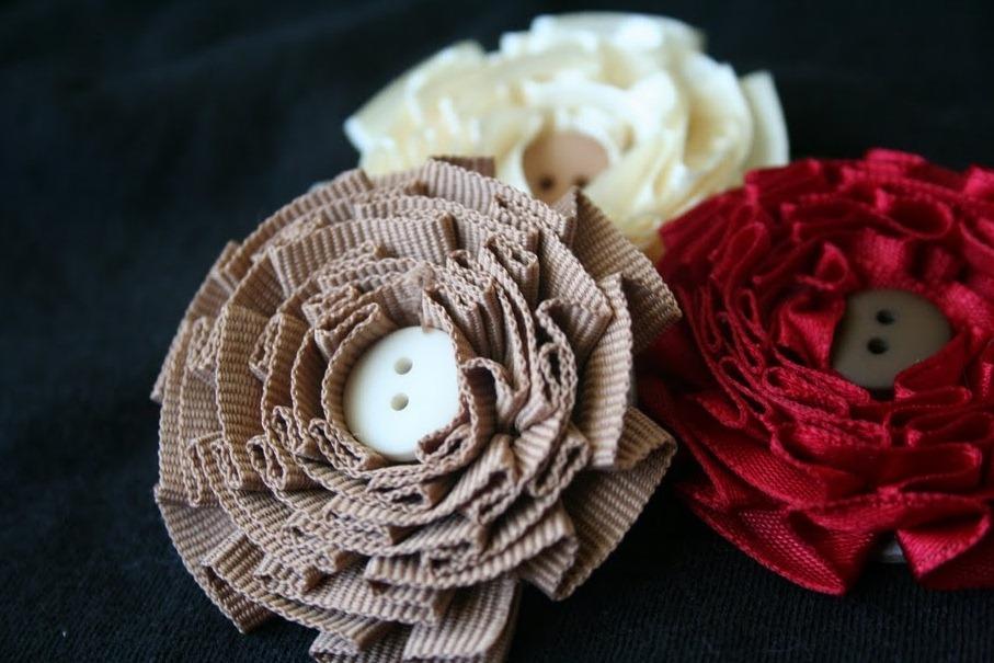 Брошь цветок из ткани своими руками как 32