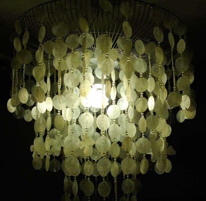 How to make a chandelier from paper