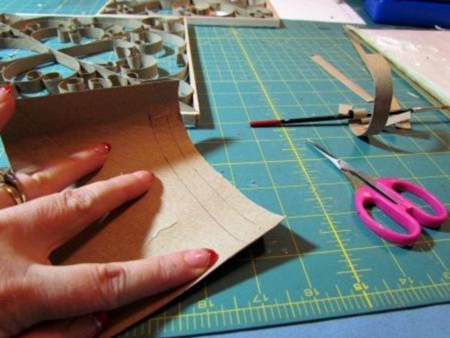 Изделия своими руками из картона и бумаги 23