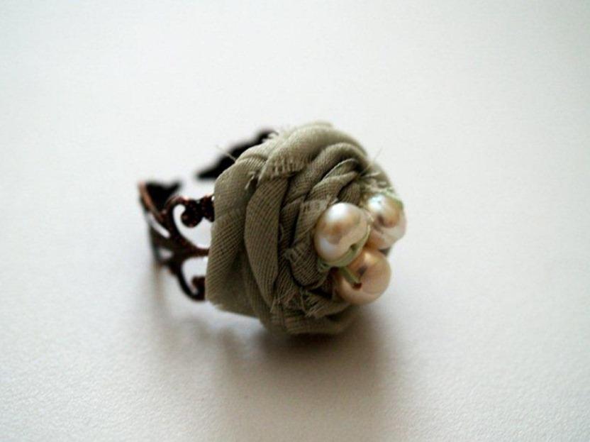 Как сделать кольцо из ткани