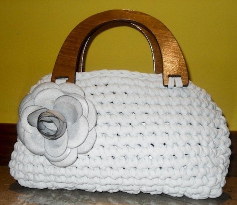 Летняя вязаная сумочка
