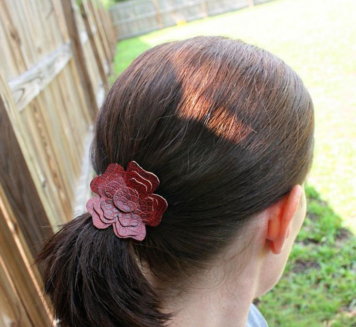 Кожаные аксессуары для волос