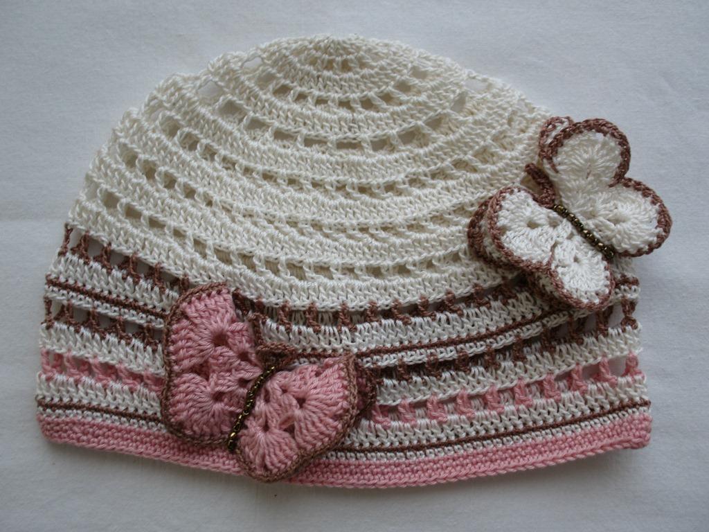 Летние шапочки для девочек. http://knitly.com/author/tayra.  Автор всей этой красоты tayra.