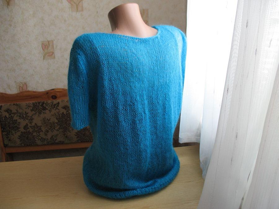 Легкий мохеровый пуловер цвета бирюзы