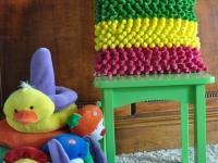 Как сшить подушку с помпонами