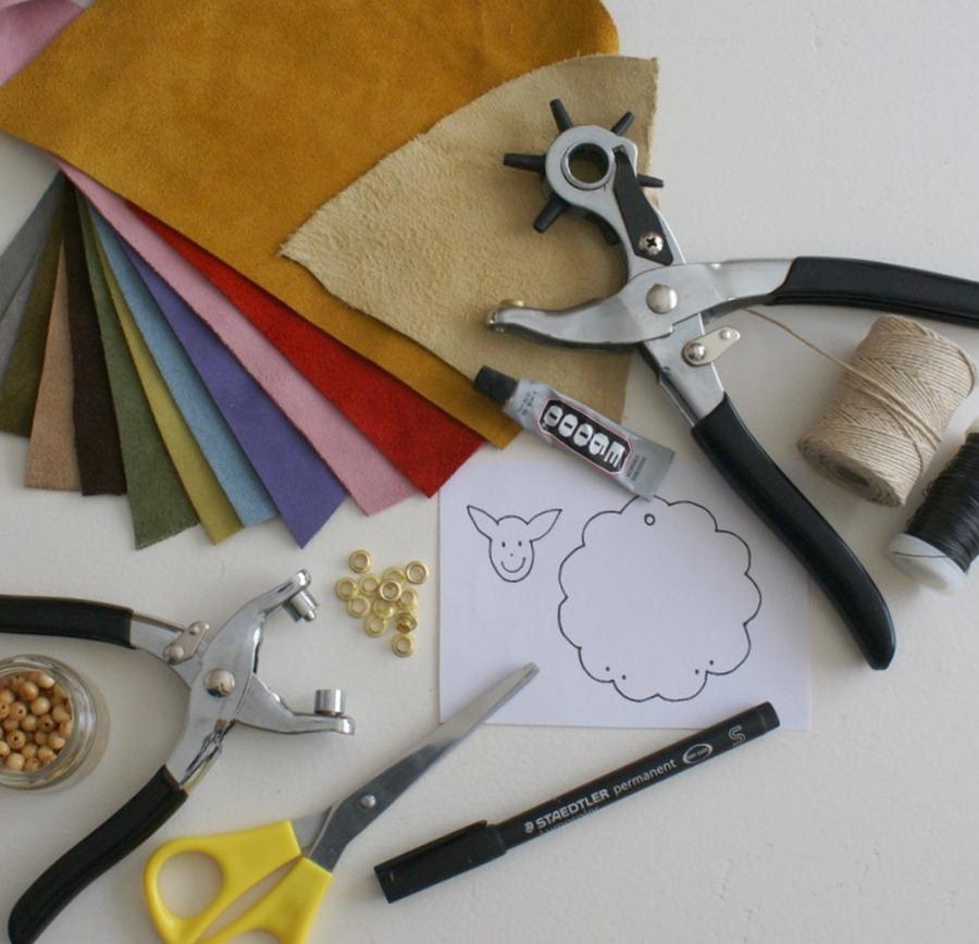 Как сделать брелок - сувенир