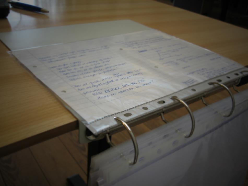 Как сделать переносной настольный органайзер для инструкций и документов (10)