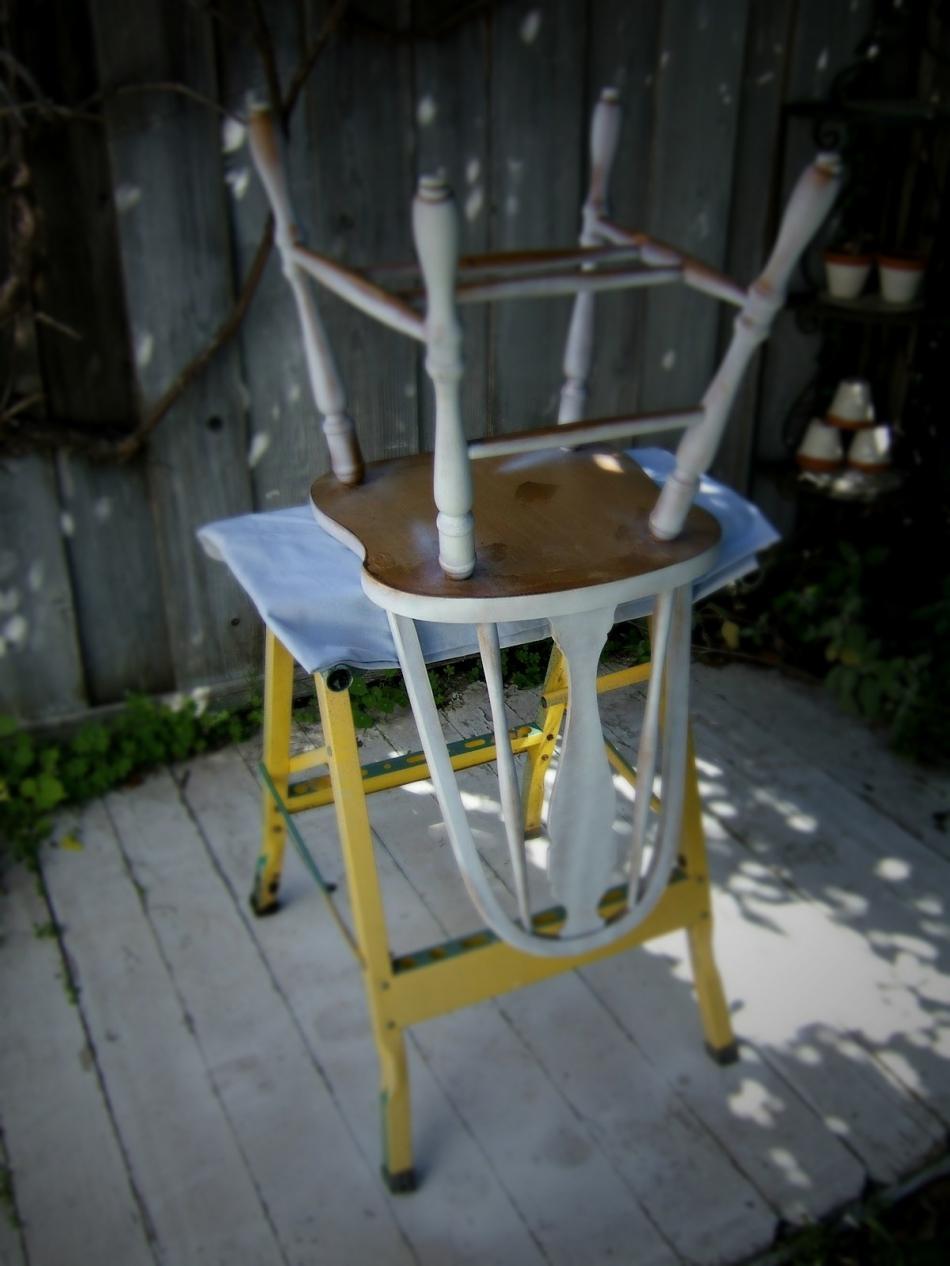 Преображение старого стула с помощью градиентной покраски (11)