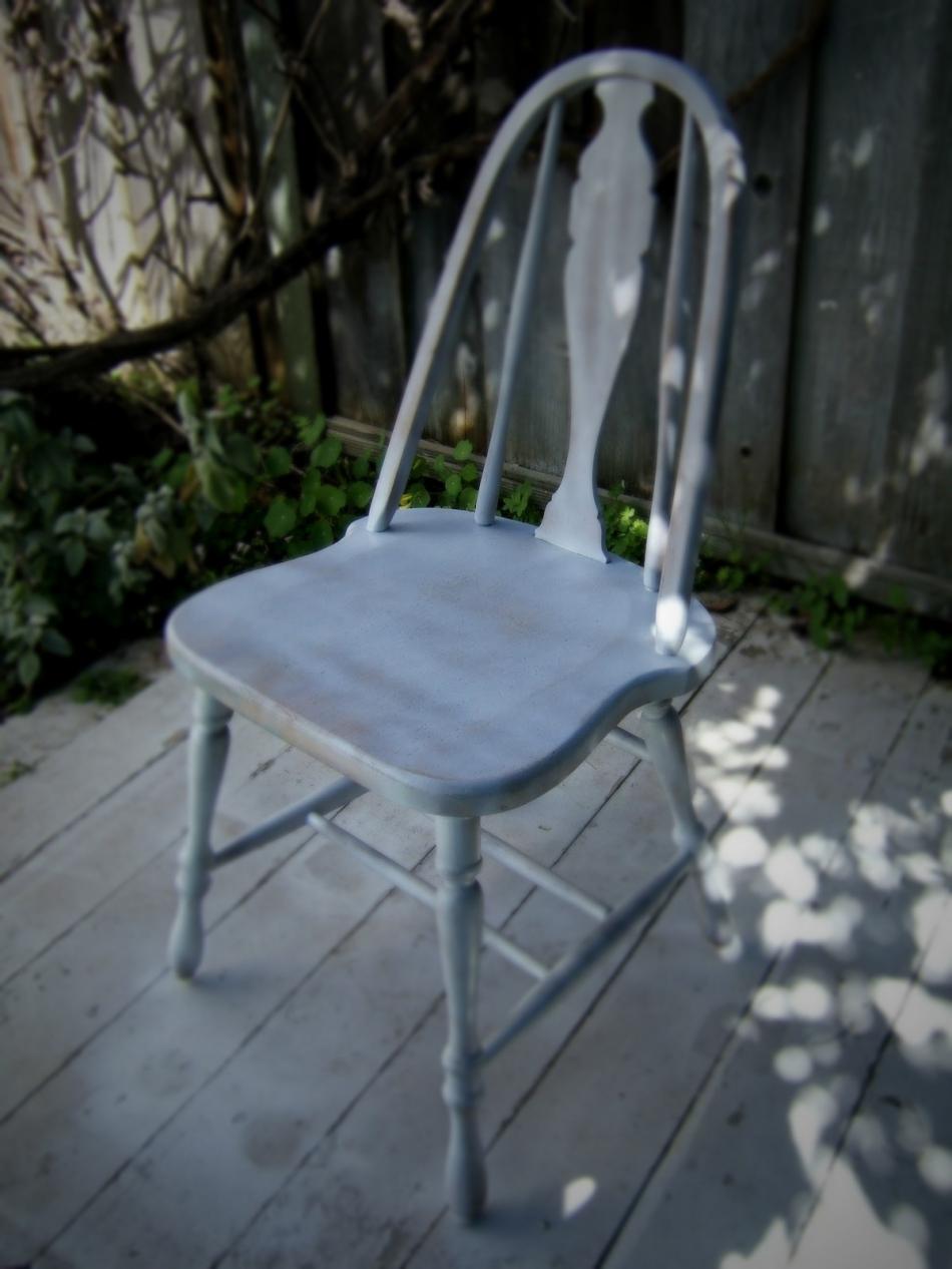 Преображение старого стула с помощью градиентной покраски (12)