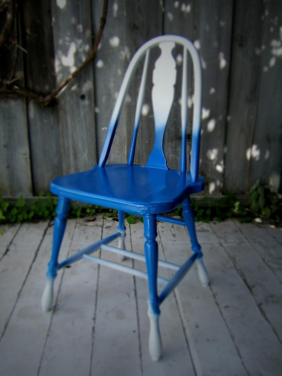 Преображение старого стула с помощью градиентной покраски (6)