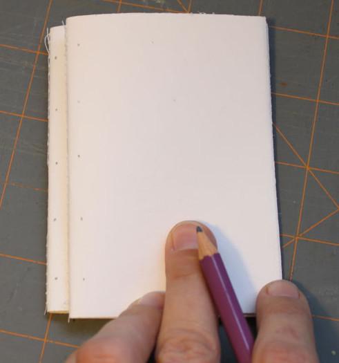 Как сделать авторский блокнот (11)