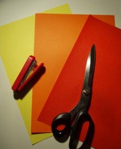 Простые интерьерные украшения из бумаги (6)