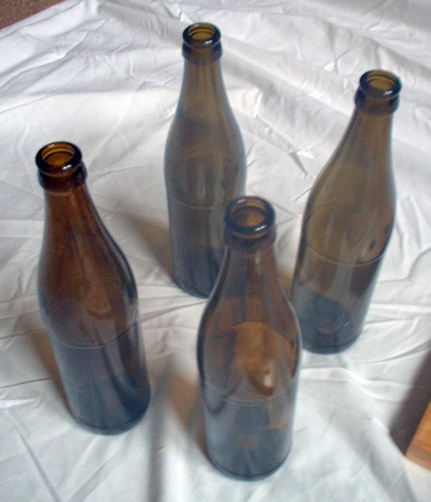 Деревянная полка из бутылок (6)