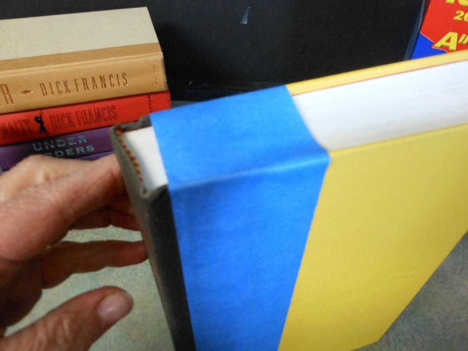 Как сделать секретный шкафчик из книг (4)
