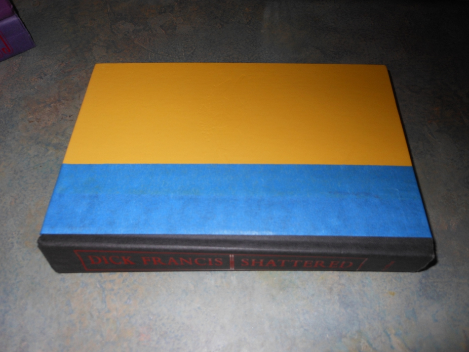 Как сделать секретный шкафчик из книг (5)