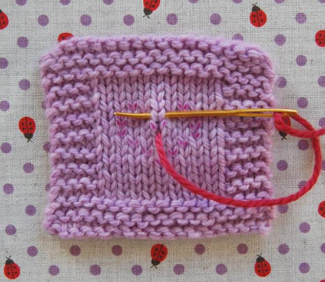 Как сделать вышивку на вязаном изделии (6)