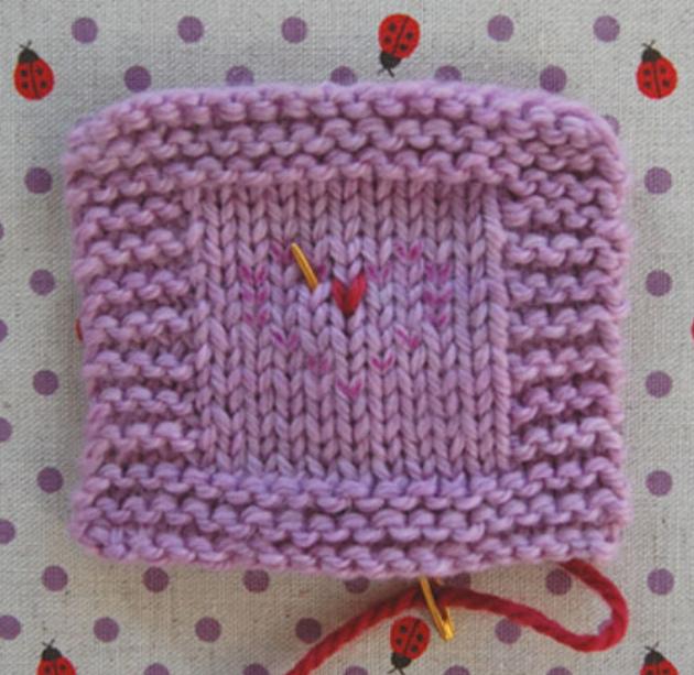 Как сделать вышивку на вязаном изделии (4)
