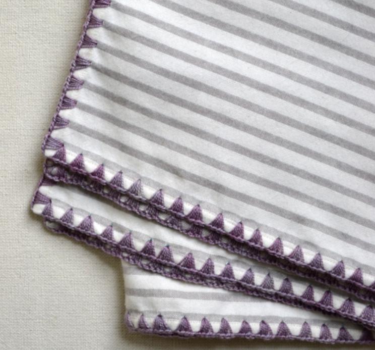 Как обвязать ткань пряжей (1)