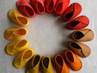 Как сшить детские домашние тапочки из войлока (16)
