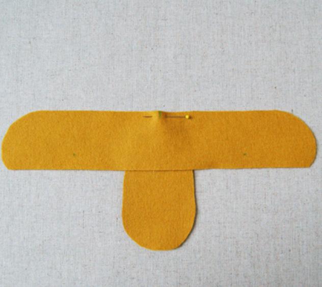 Как сшить детские домашние тапочки из войлока (12)