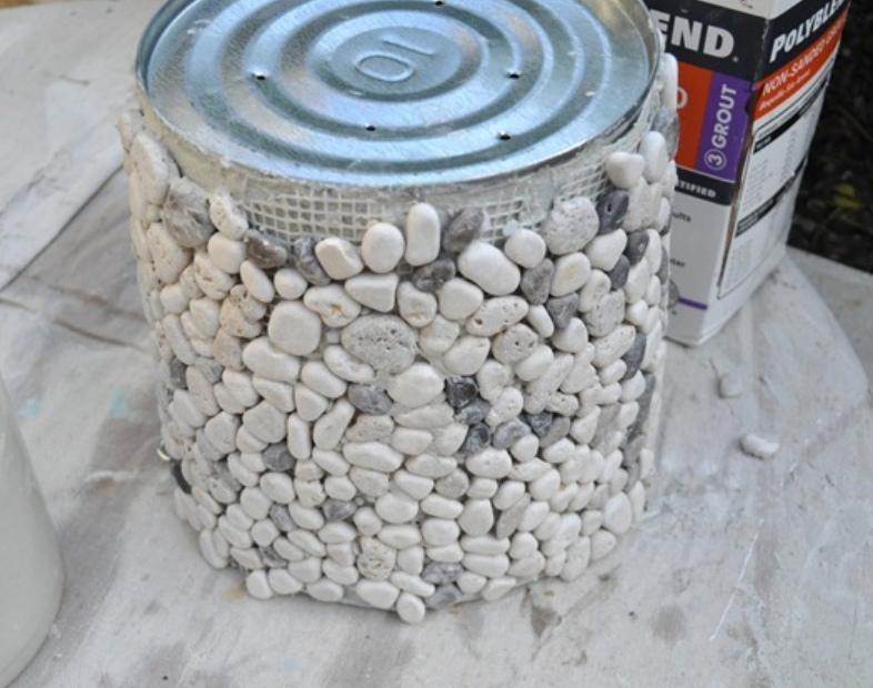 Кашпо из морских камешков (4)