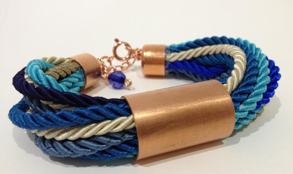 Как сделать браслет из веревок (8)