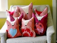 Необычные диванные подушки (4)