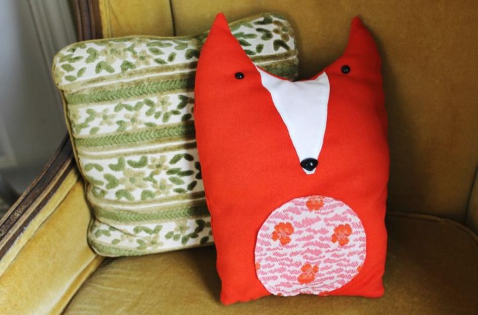 Необычные диванные подушки (3)