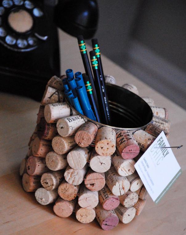 Как сделать органайзер из винных пробок (1)