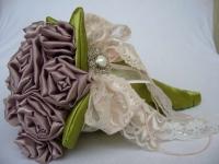 Как сделать своими руками свадебный букет-дублер (11)