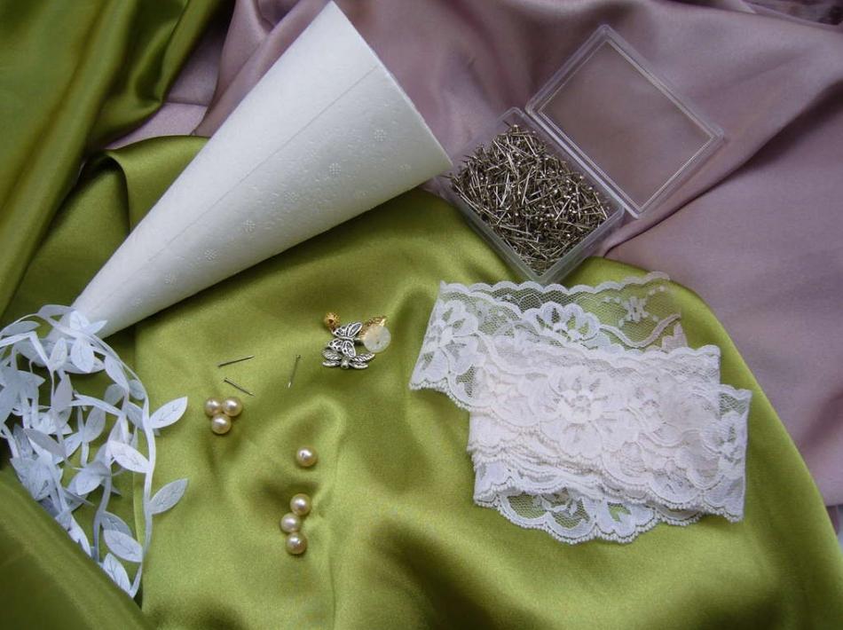 Как сделать своими руками свадебный букет-дублер (10)