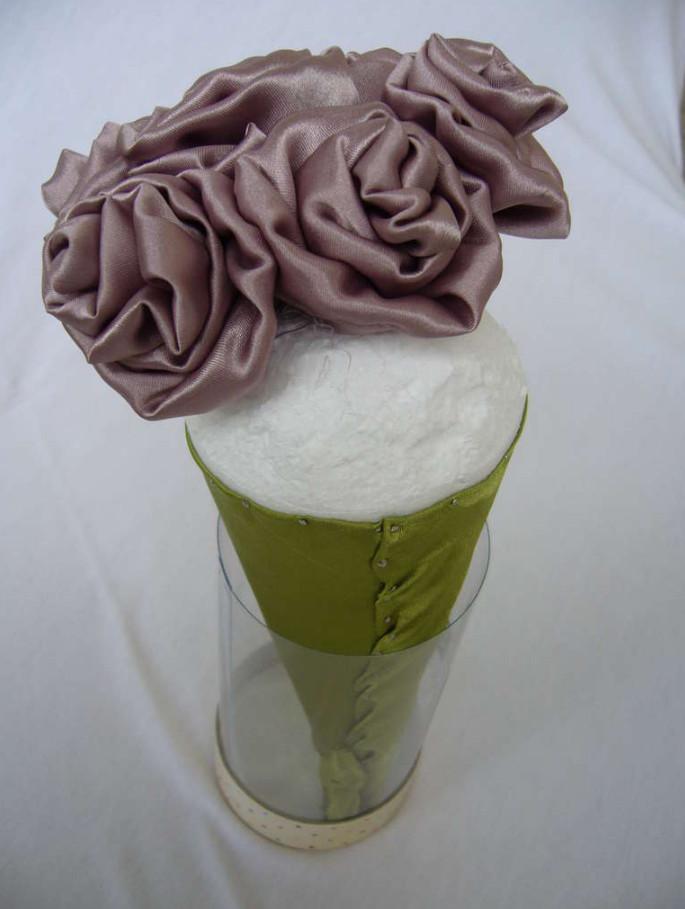Как сделать своими руками свадебный букет-дублер (5)