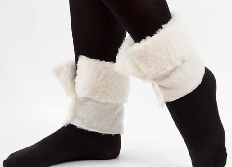 Как сделать меховый утеплитель для ботинок (8)