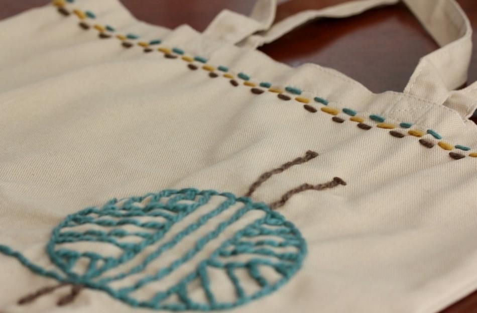 Авторская сумка в подарок для любителей вязания (3)