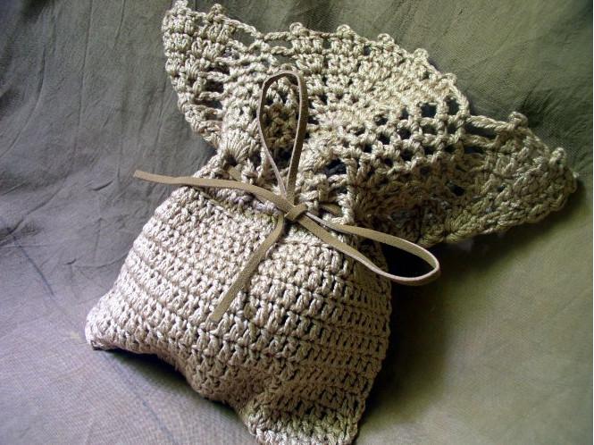 Вязаная малеькая сумочка (5)