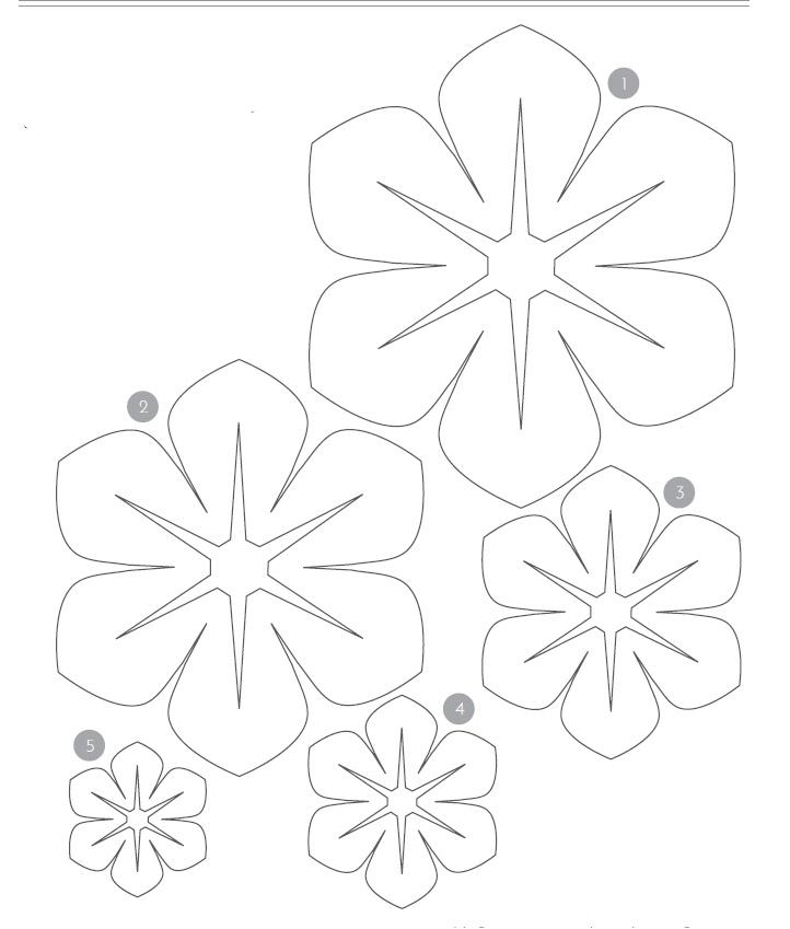 Как сделать объемные цветы из