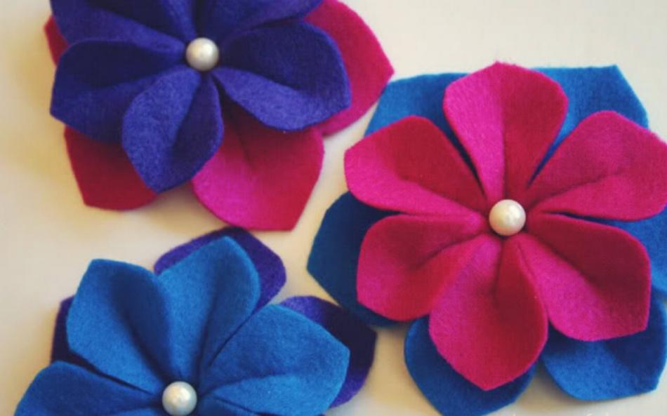 Как сделать объемные цветы из фетра (1)