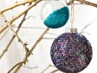 Новогодние шарики украшенные глиттерами (9)