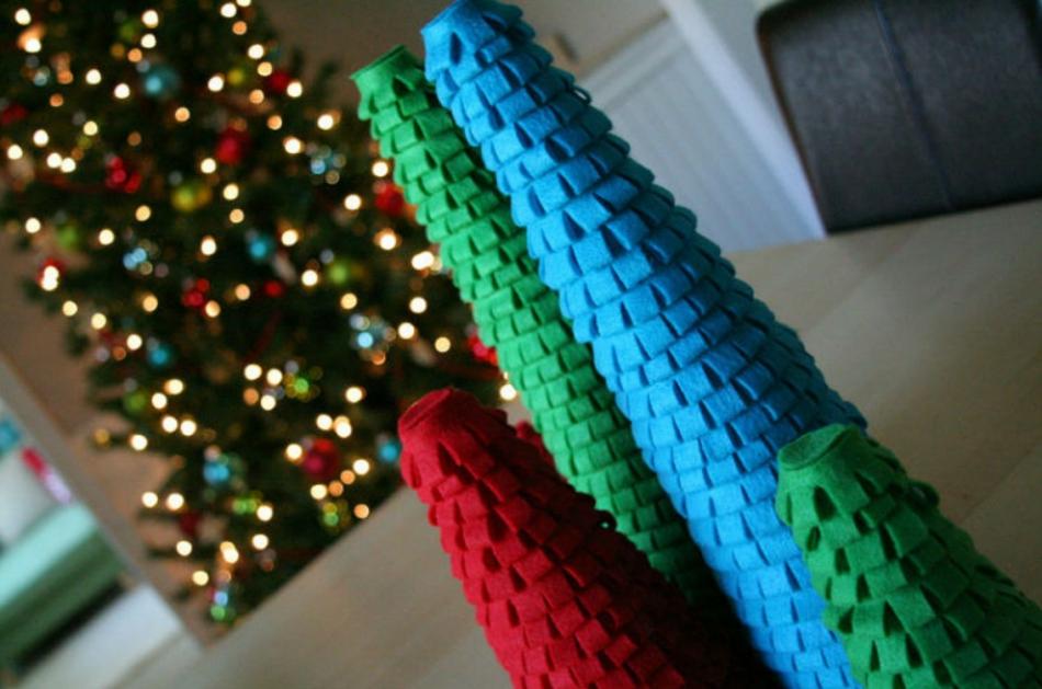 Как сделать новогодние елочки из фетра (3)