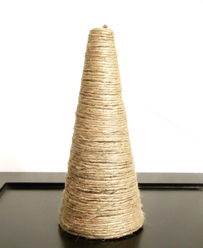 Новогодняя елка из веревки (5)