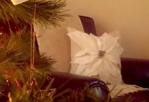 Диванная подушка Рождественская звезда (3)